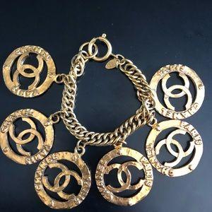"""CHANEL vintage authentic medallion 7.5"""" bracelet!"""